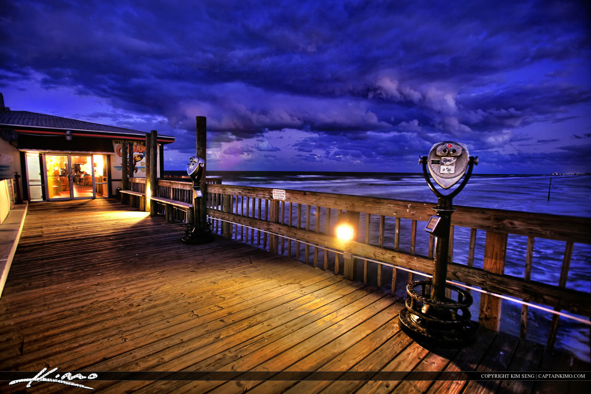 Nighttime HDR at Crabby Joe Pier Orange County