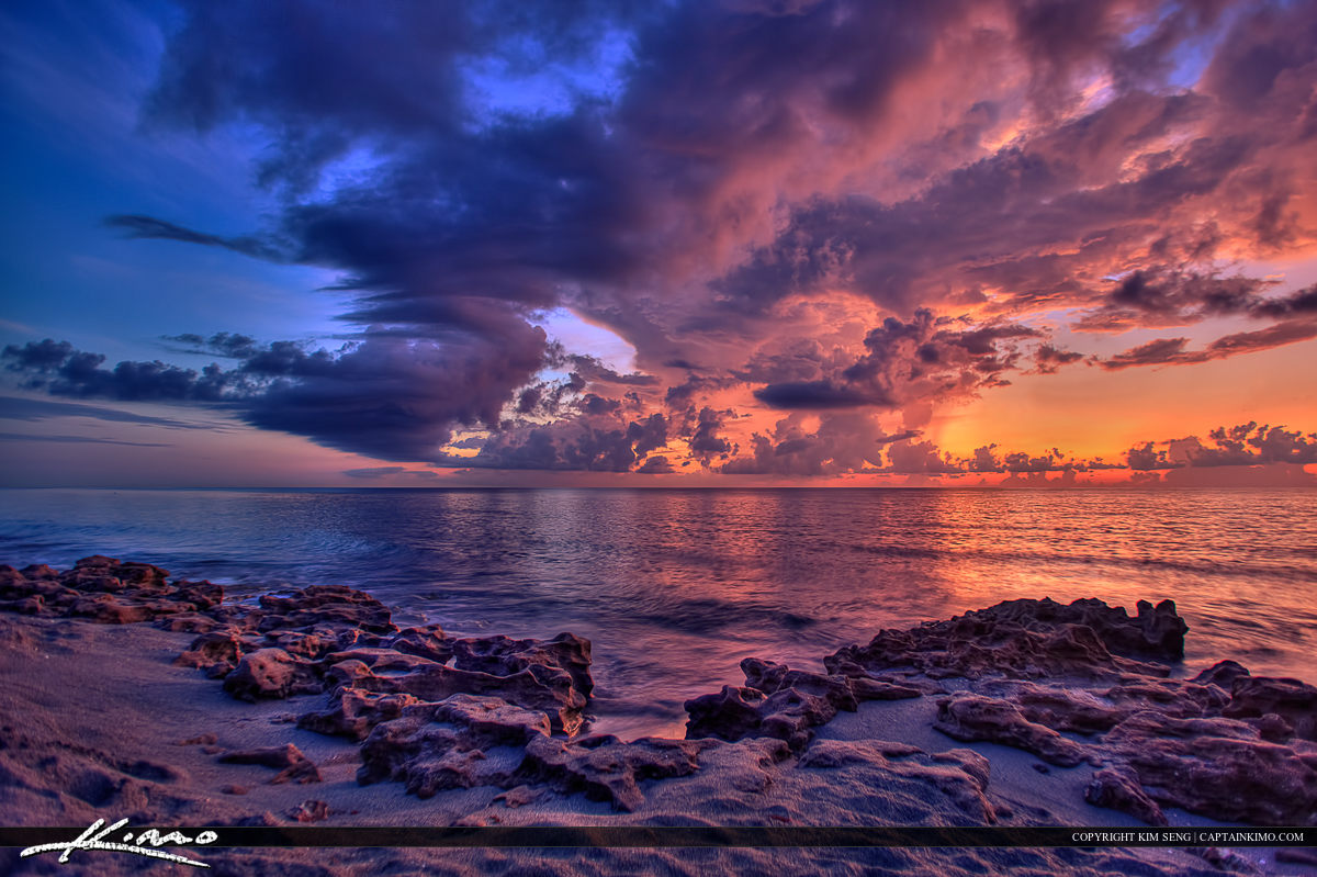 Coral Cove Park Sunrise at Jupiter Island Beach Florida