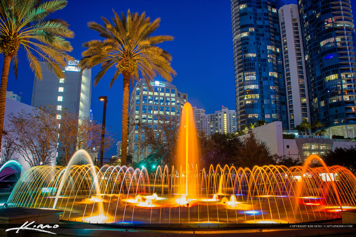 Downtown Building Water Fountain Fort Lauderdale City