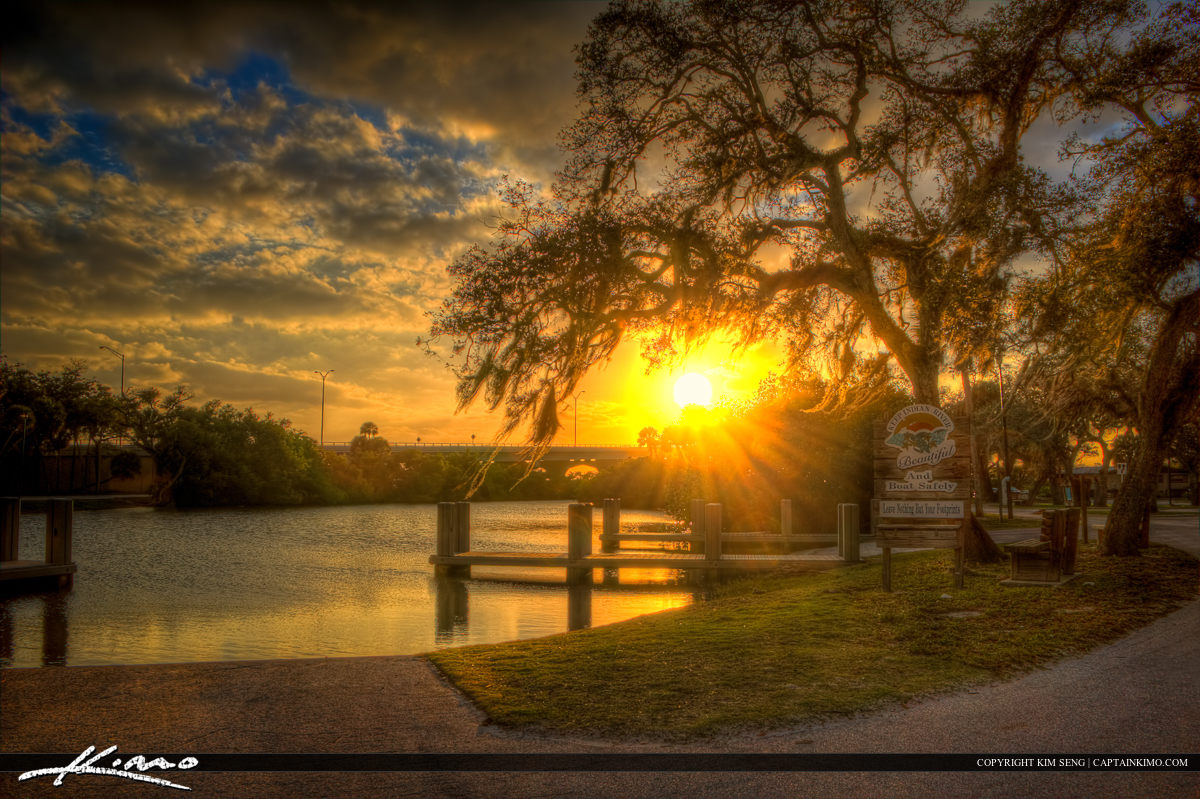 Oak Tree Spanish Moss Sunset Vero Beach Florida Indian River Cou