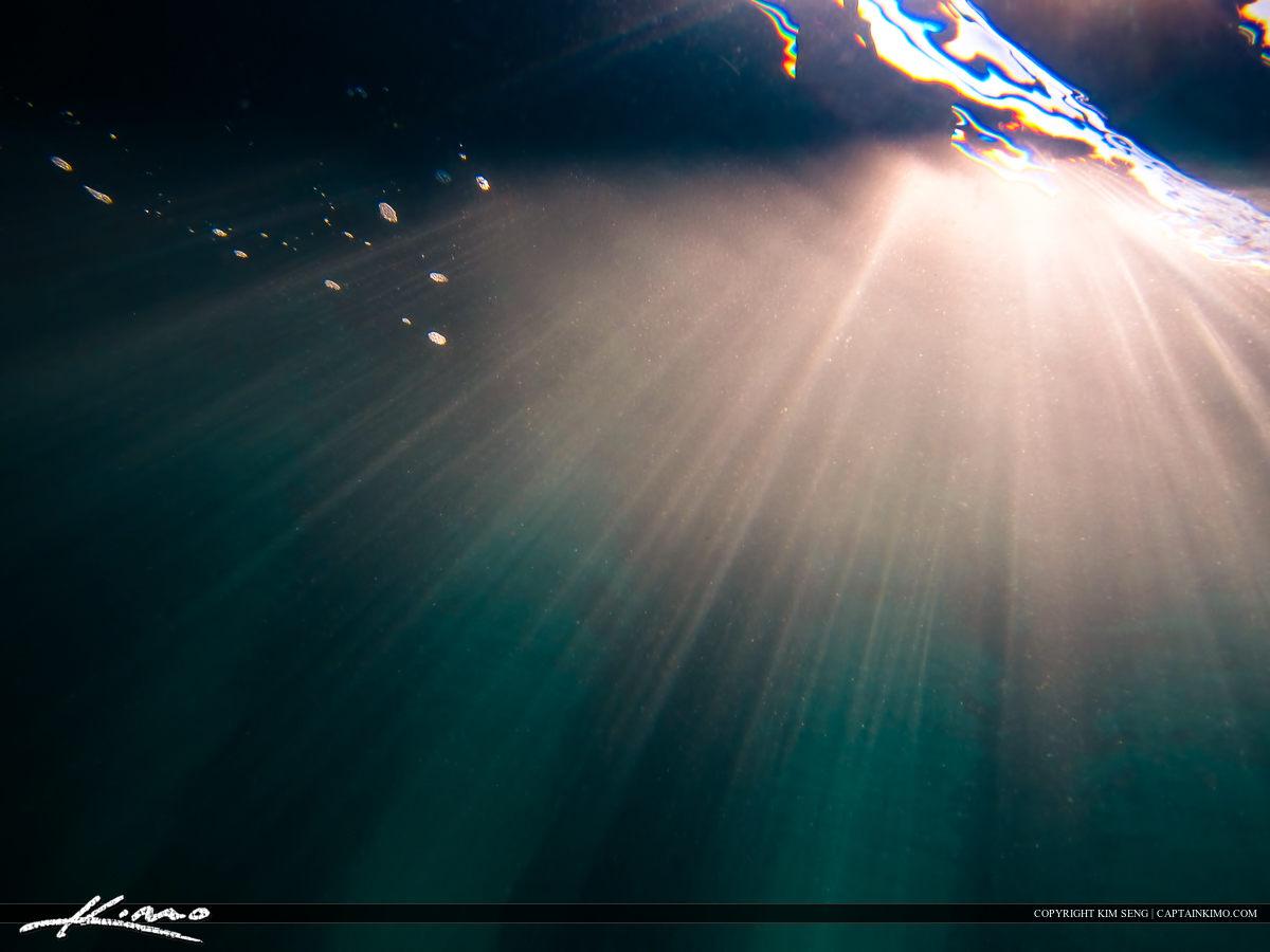 Ray of Light Under the Ocean