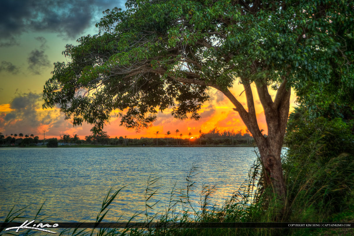Sunset at Lake Osborne in Lake Worth Florida