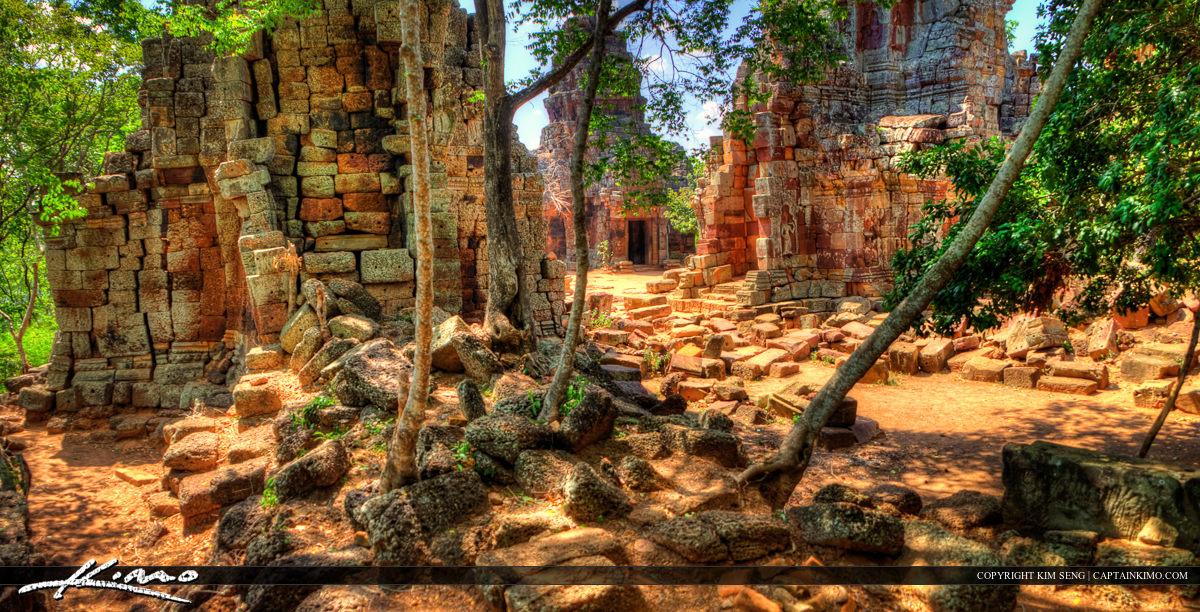 Phnom Banan Acient Angkor Style Ruins Battambang Cambodia