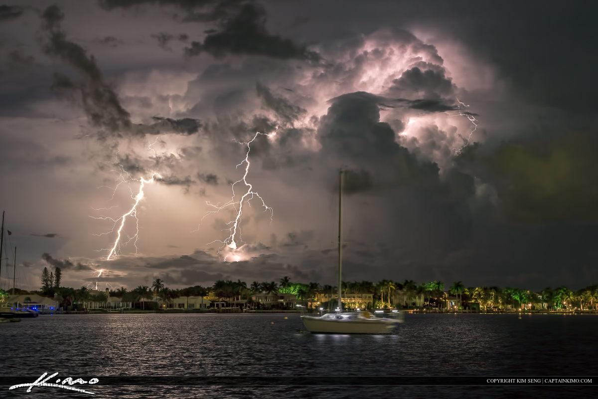 Lightning photograph taken at the Lake Worth Lagoon