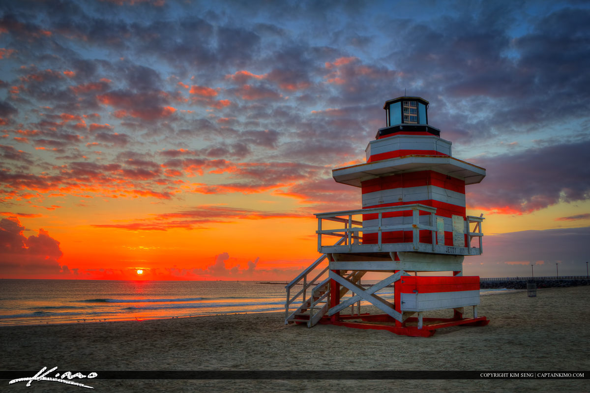 Sunrise at South Beach Miami Lighthouse Lifeguard Tower