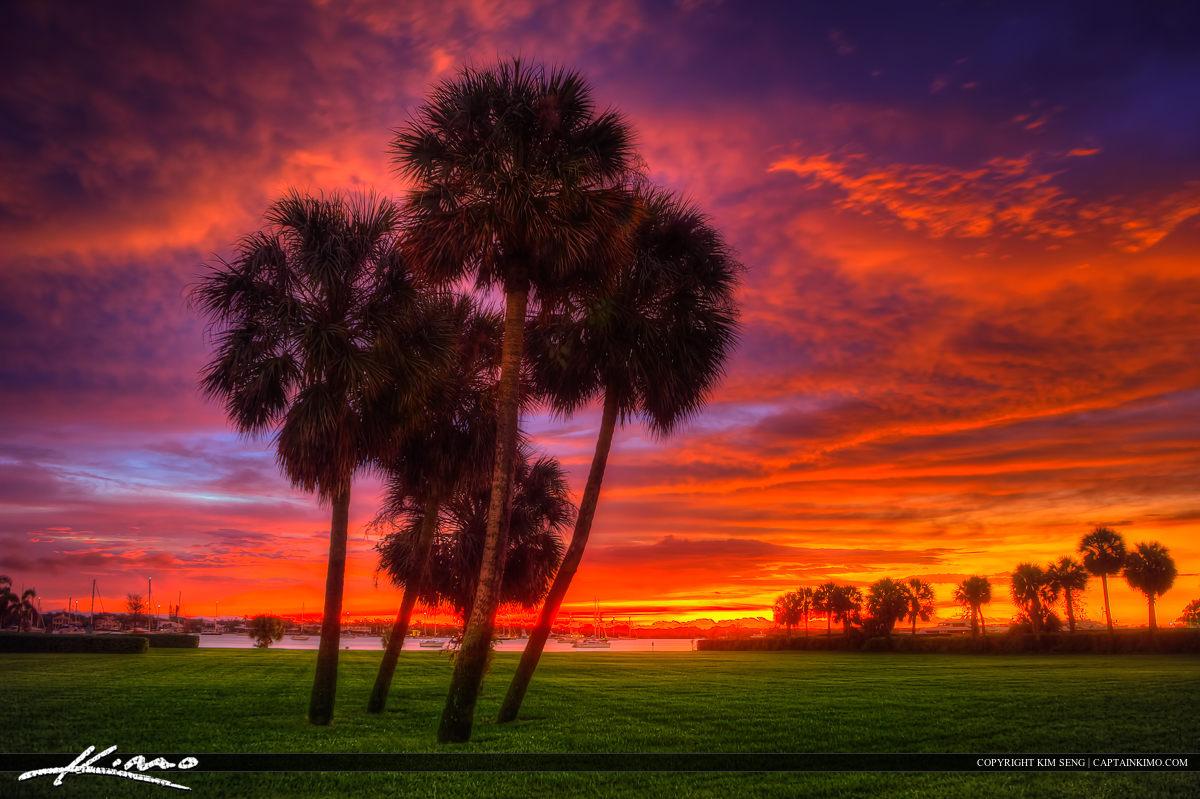 Sunrise at North Palm Beach Over Lake Worth Lagoon