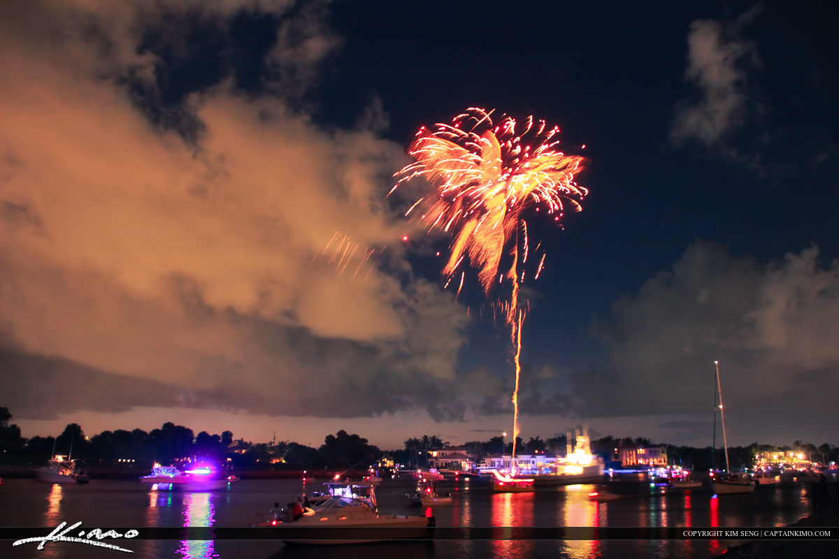 Boat Parade Fireworks from North Palm Beach to Jupiter