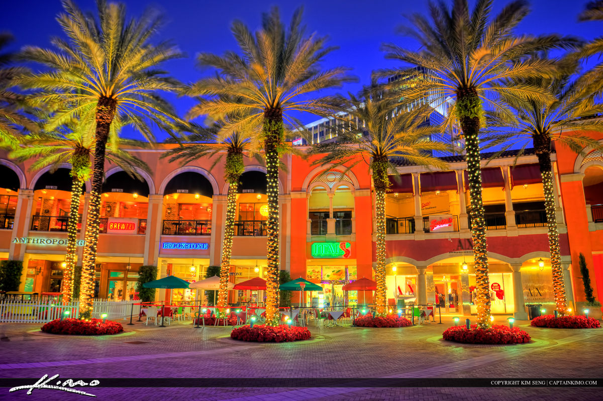 Downtown West Palm Beach at Cityplace with Christmas Lights