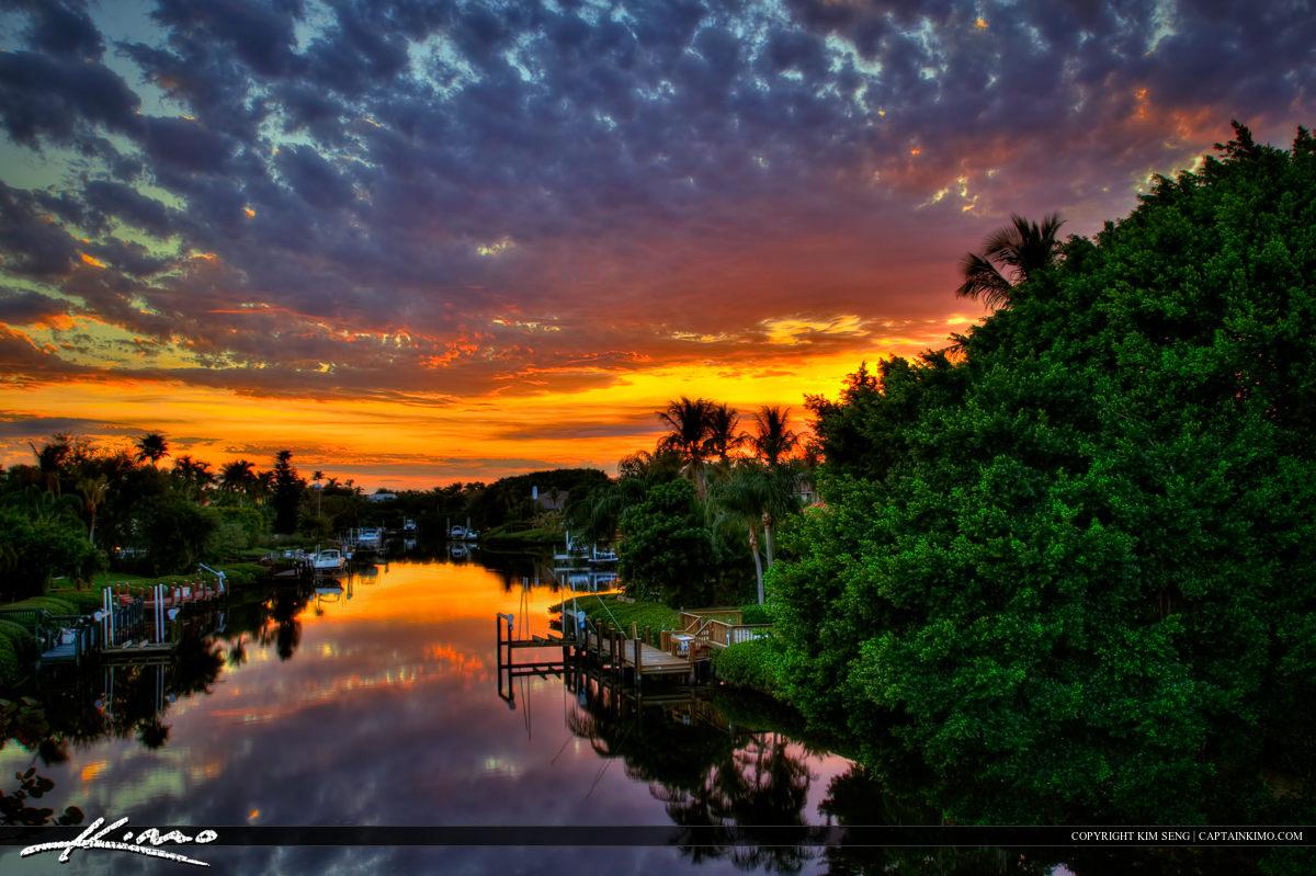 Palm Beach Gardens Sunset Waterfront Neighborhood