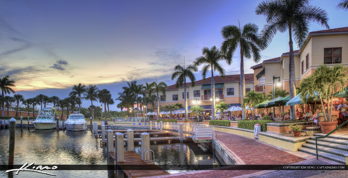 The Riverwalk in Jupiter Florida at Marina
