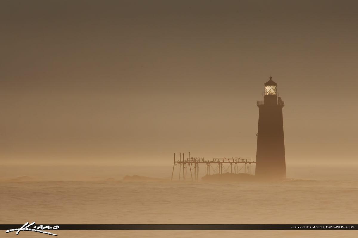 Ram Island lighthouse foggy morning