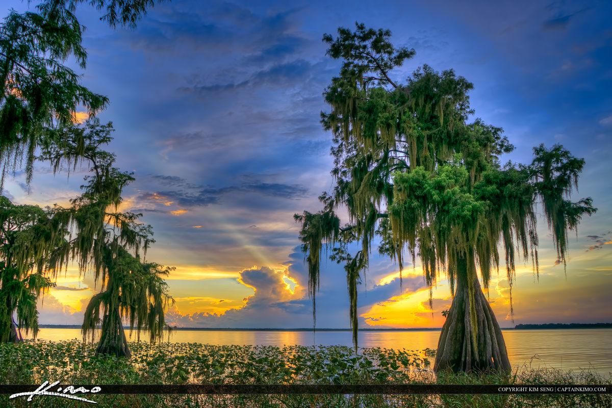 Lake Istokpoga Lake Placid Florida Sunray Through Clouds
