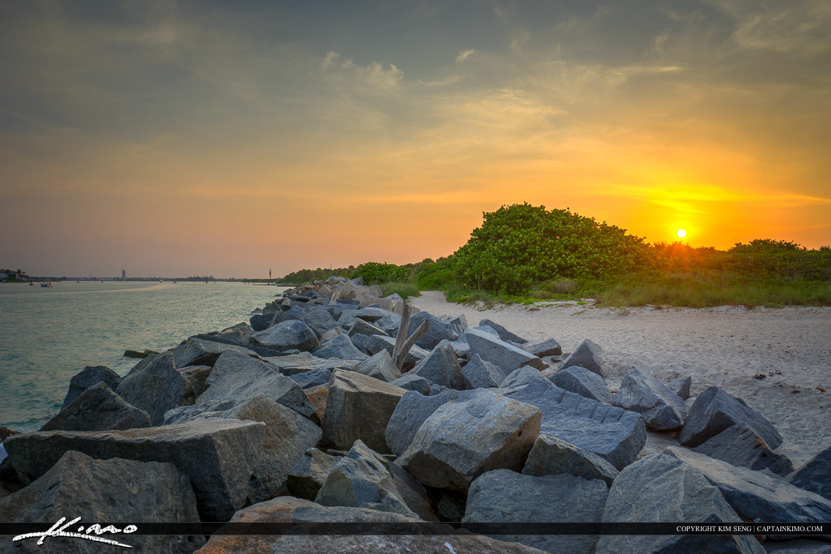 Fort Pierce Inlet State Park sunset at the rocks