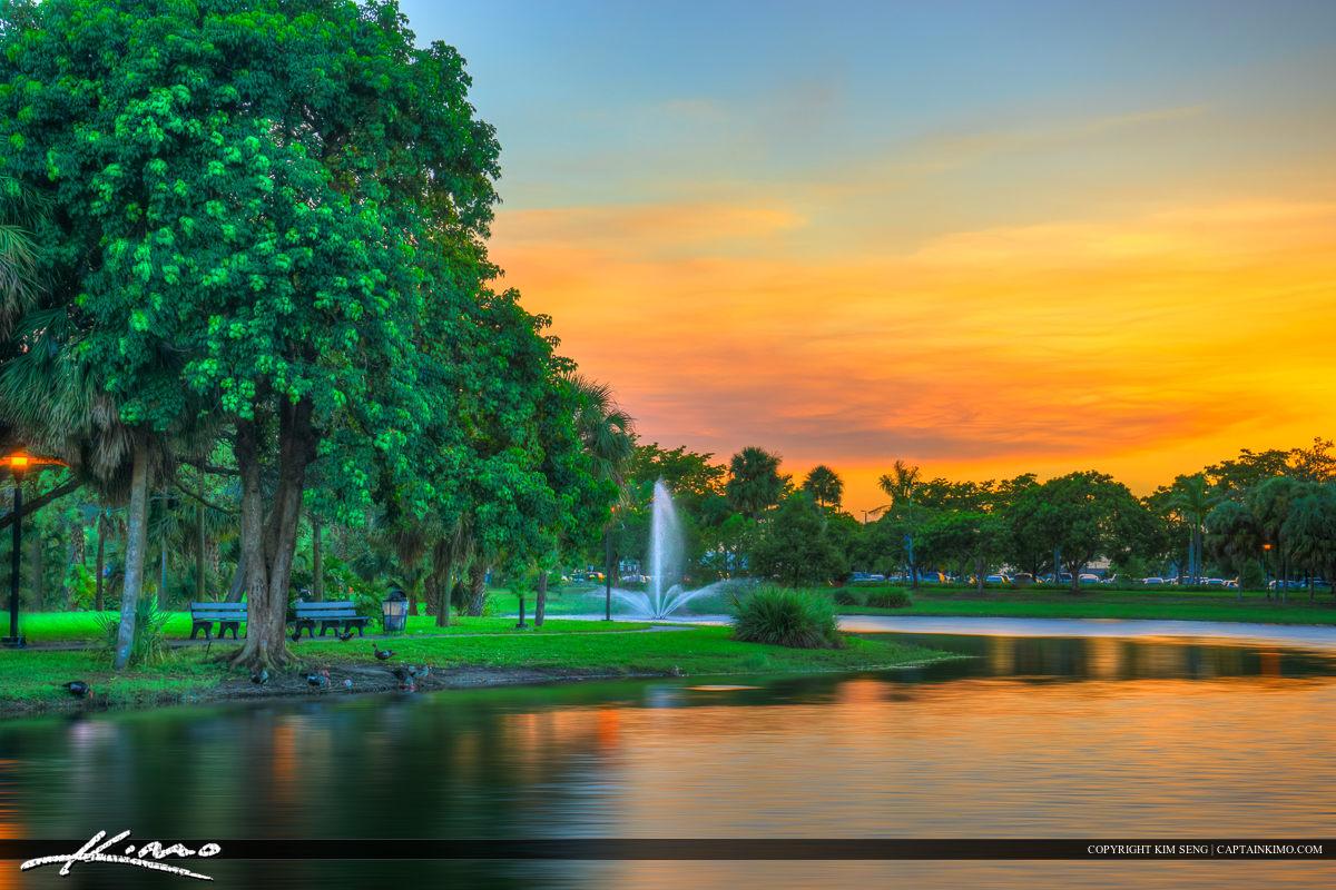 Pembroke Pines Florida Broward College Campus Lake