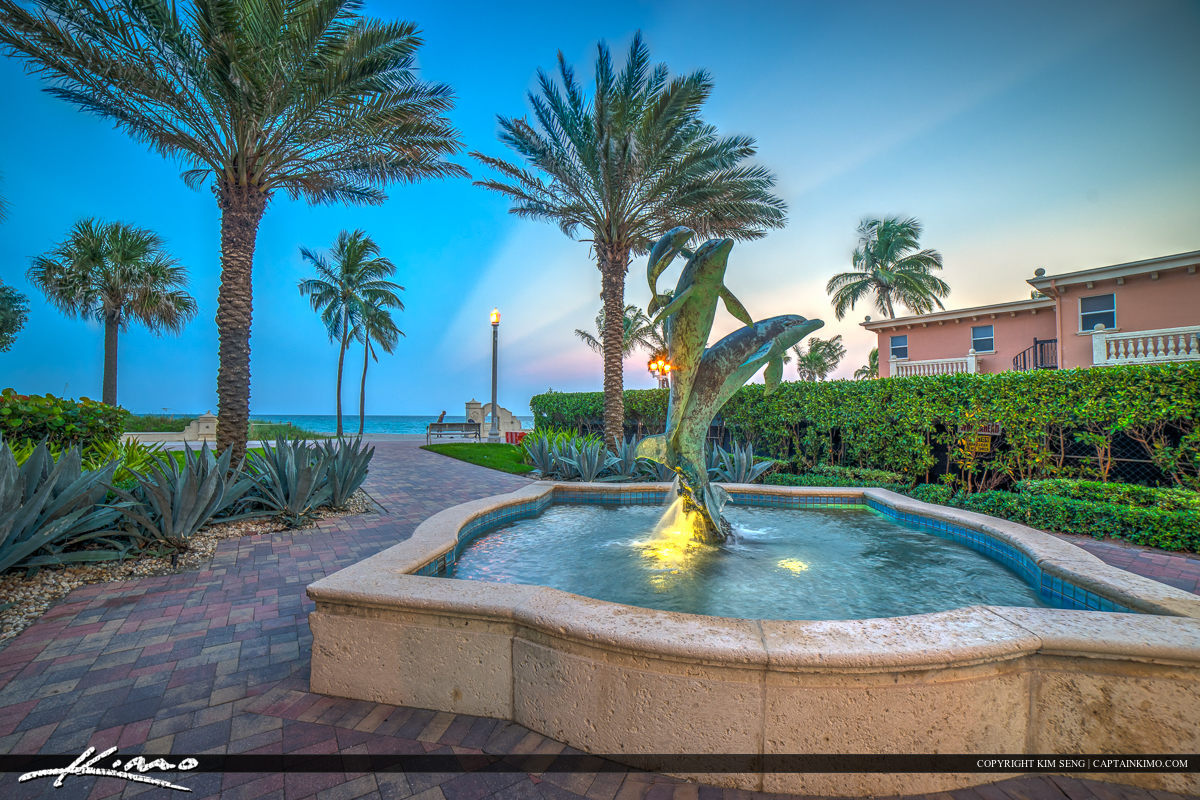 Hollywood Florida Dolphin Statue Water Fountain