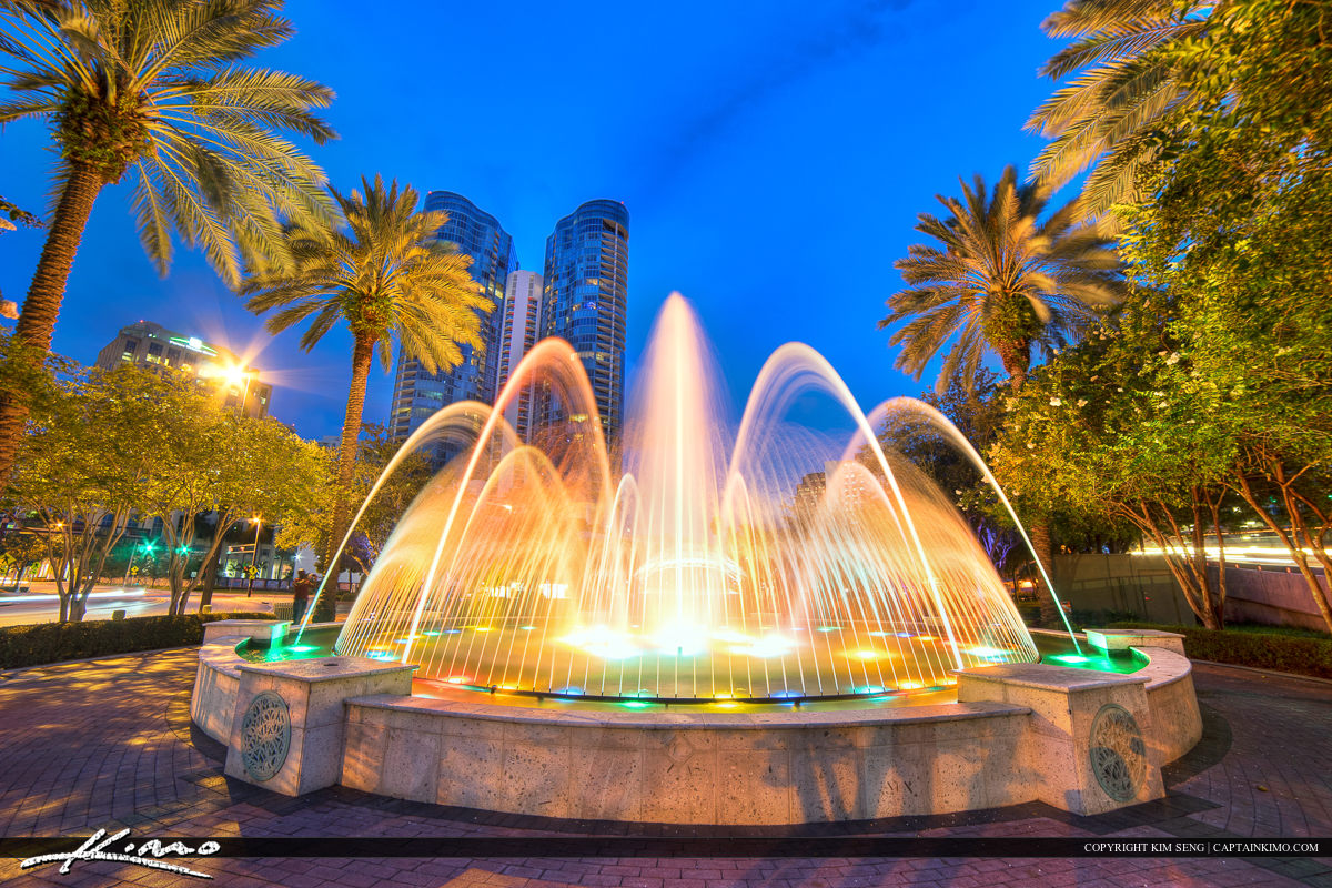 Fort Lauderdale New River Nighttime Water Fountain