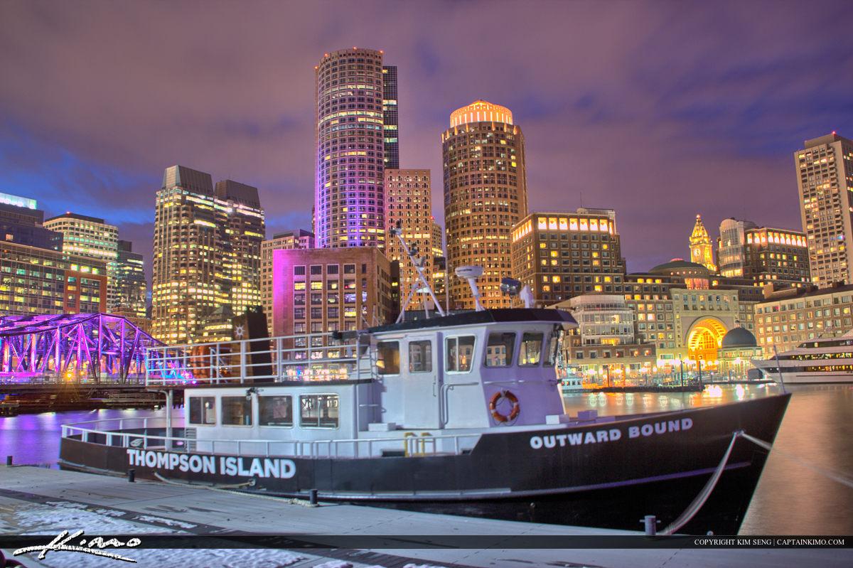 Boston City Downtown Boat at Harborwalk