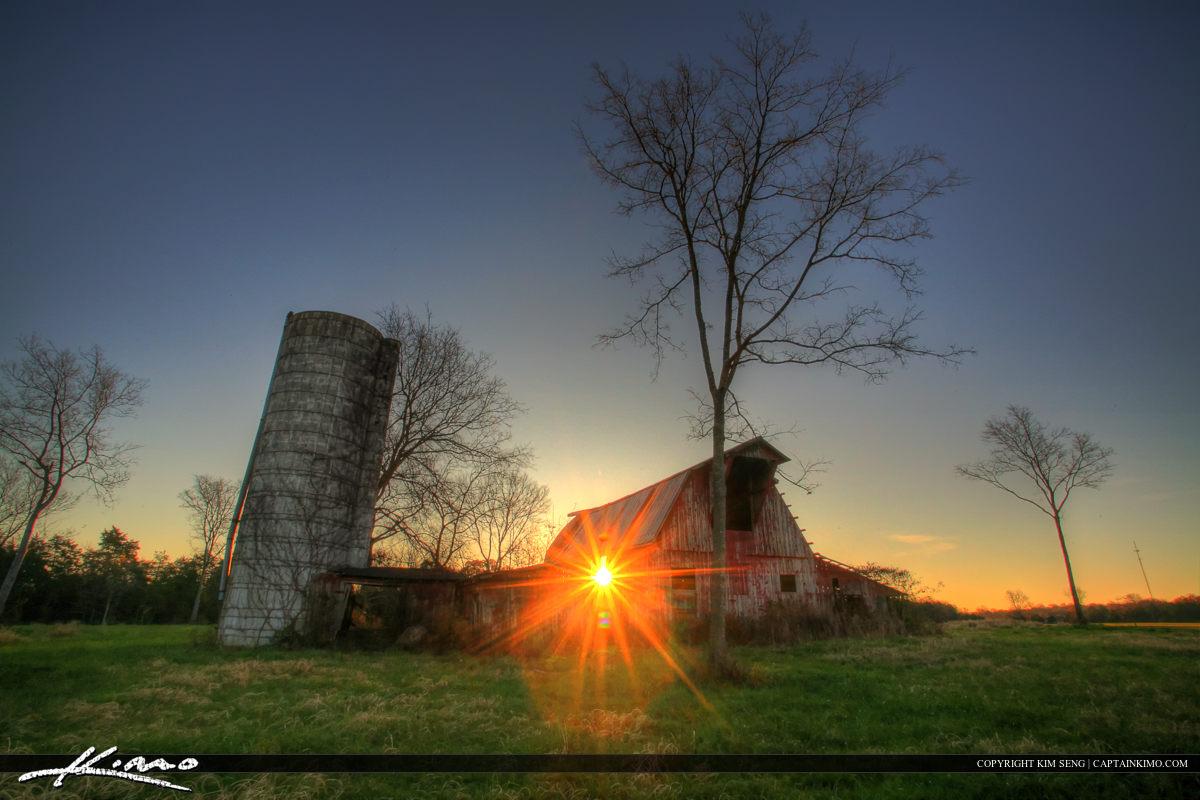 Murfreesboro Tennessee Sunrise Through Old Barn