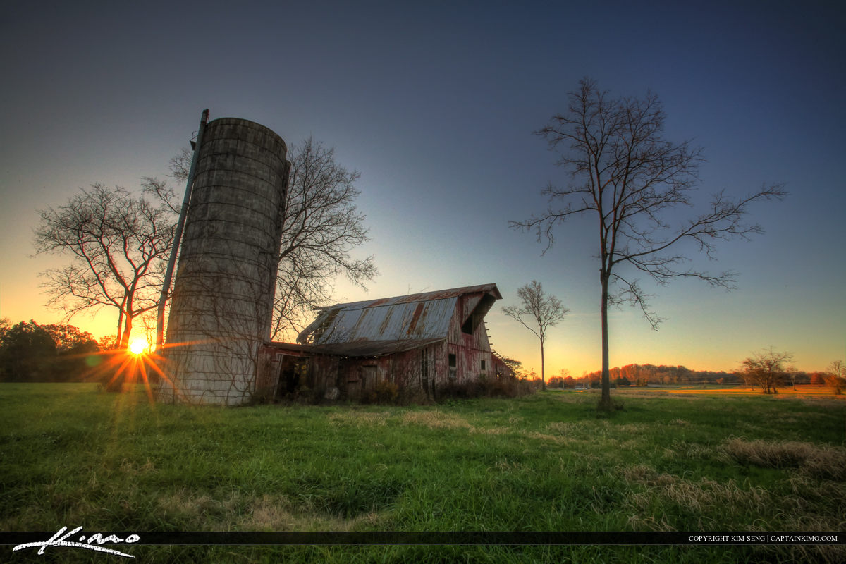 Murfreesboro Tennessee Old Red Barn