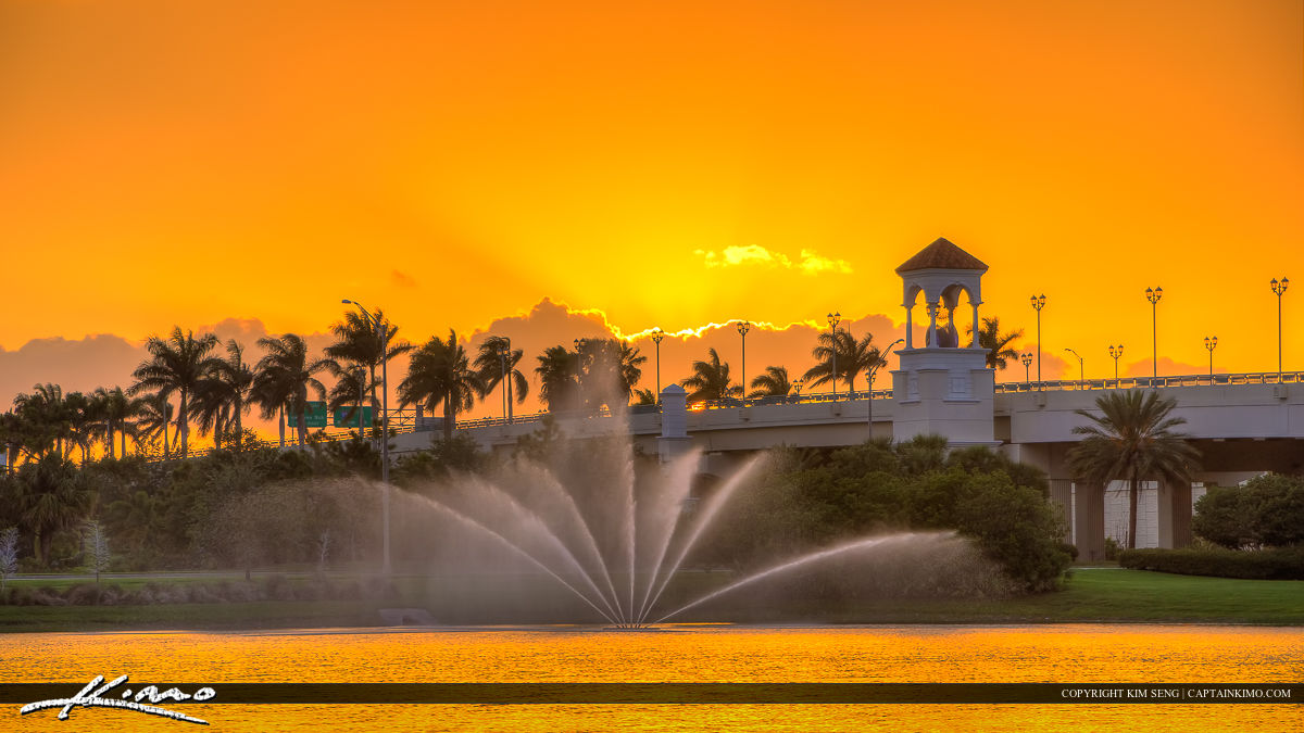PGA Boulevard Bridge Palm Beach Gardens Fountain