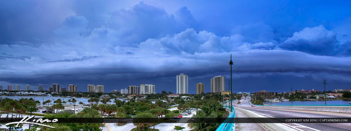 Epic Shelf Cloud Moving Over Riviera Beach Florida