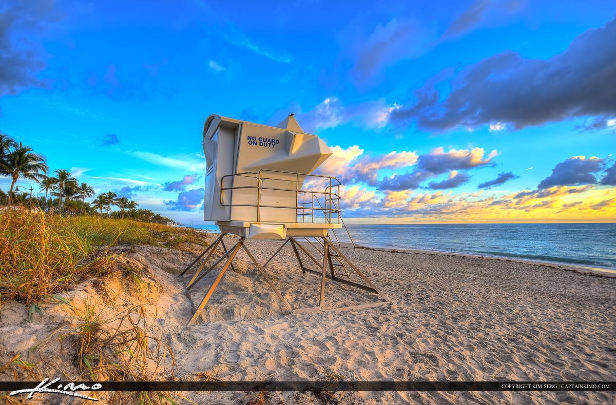 Ocean Boulevard Lifeguard Tower at Beach