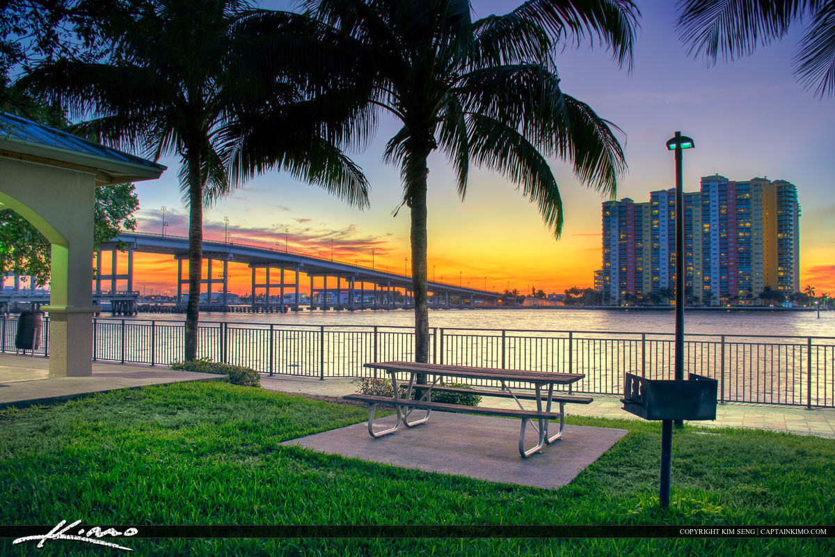 Phil Foster Park Sunset at Waterway