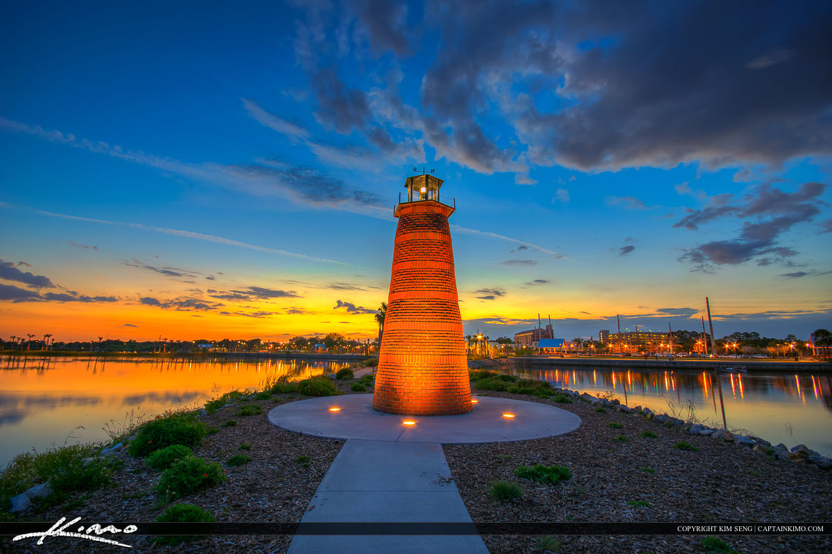 Red Mini Lighthouse at Lakefront Park in Kissimmee Florida