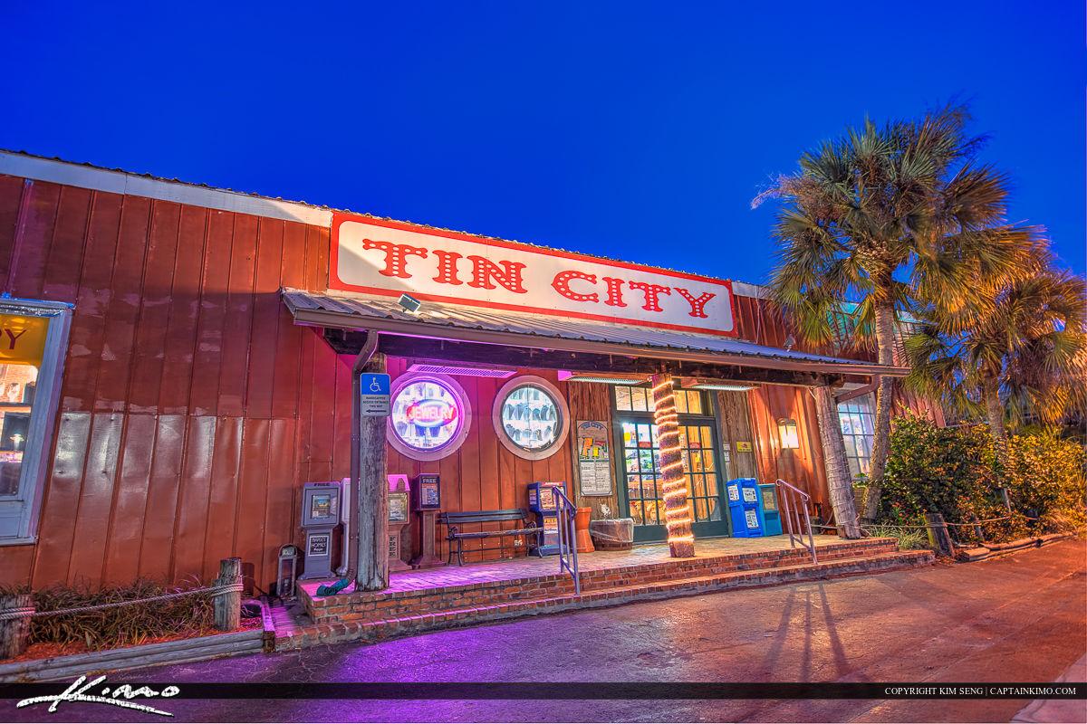 Tin City Gift Shop in Naples Florida