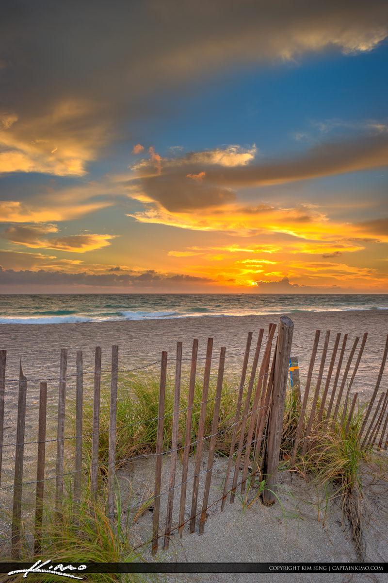 Jupiter Beach Sunrise at Ocean Park along the Fence