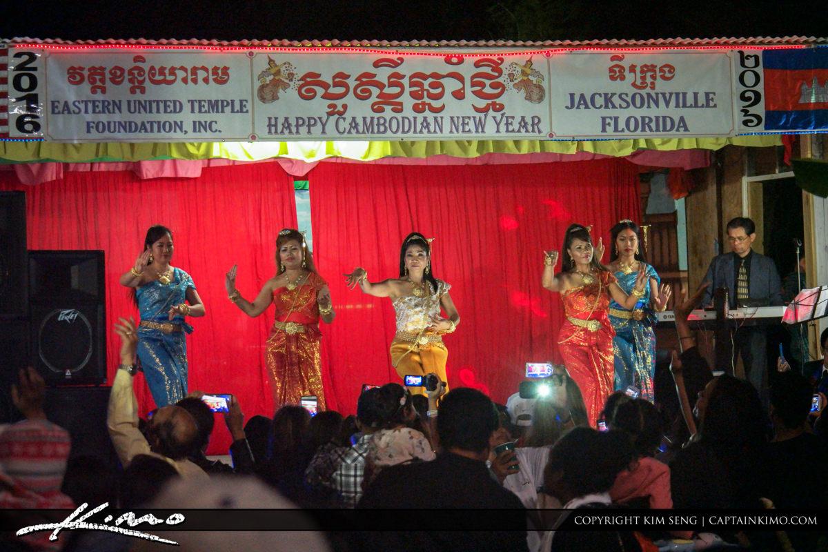 Khmer New Years 2016 Dancers