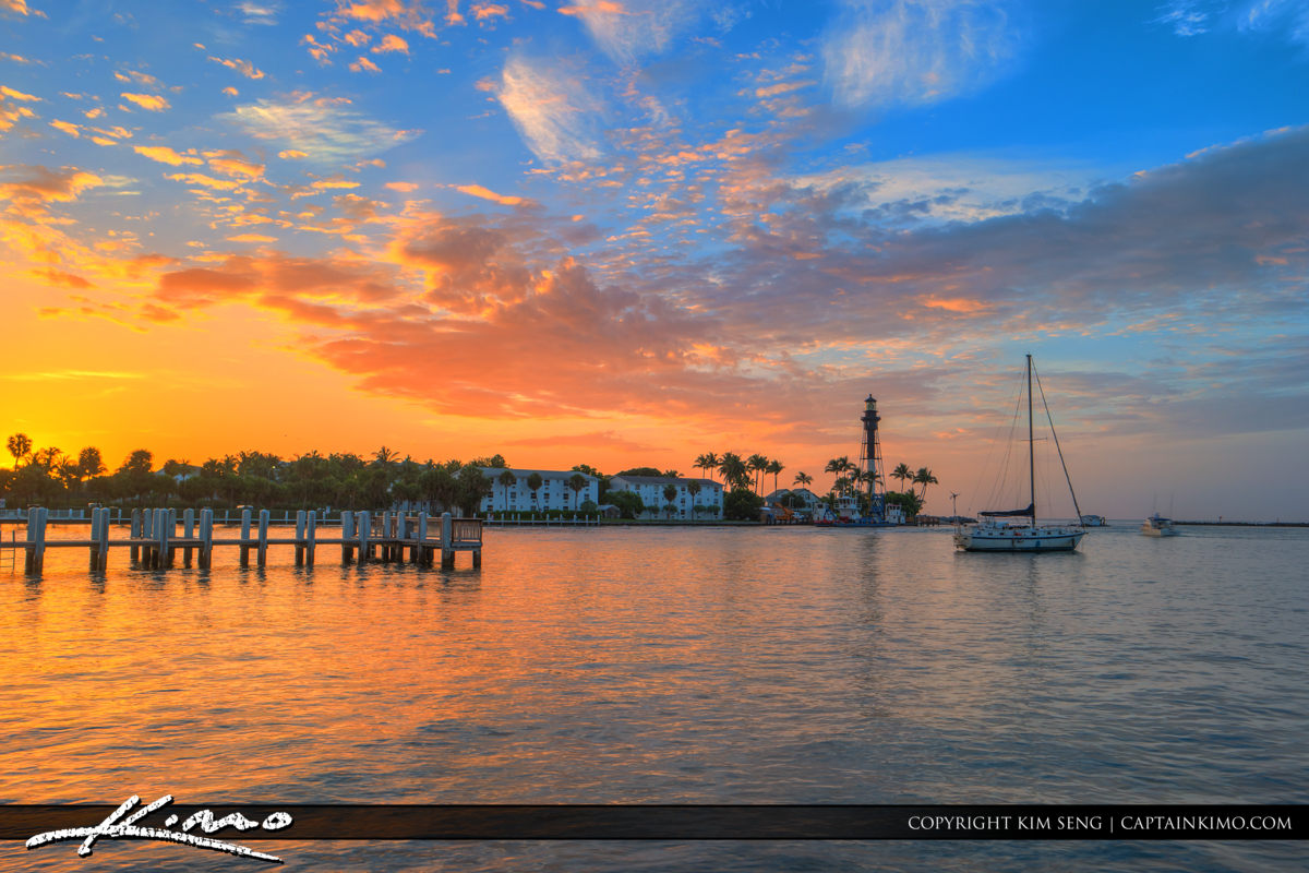 Hillsboro Inlet Lighthouse Pompano Beach Wide Shot with Boats an