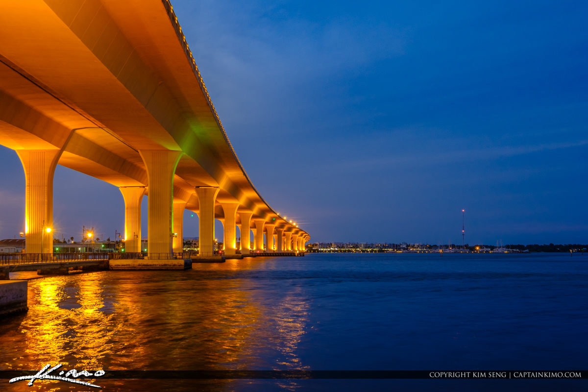Roosevelt Bridge at Night With Lights Curves on Bridge