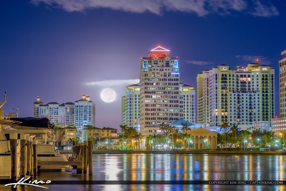 West Palm Beach Moon Setting Over the Skyline