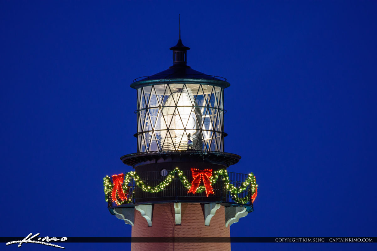 Jupiter Lighthouse Upclose Holiday Decorations