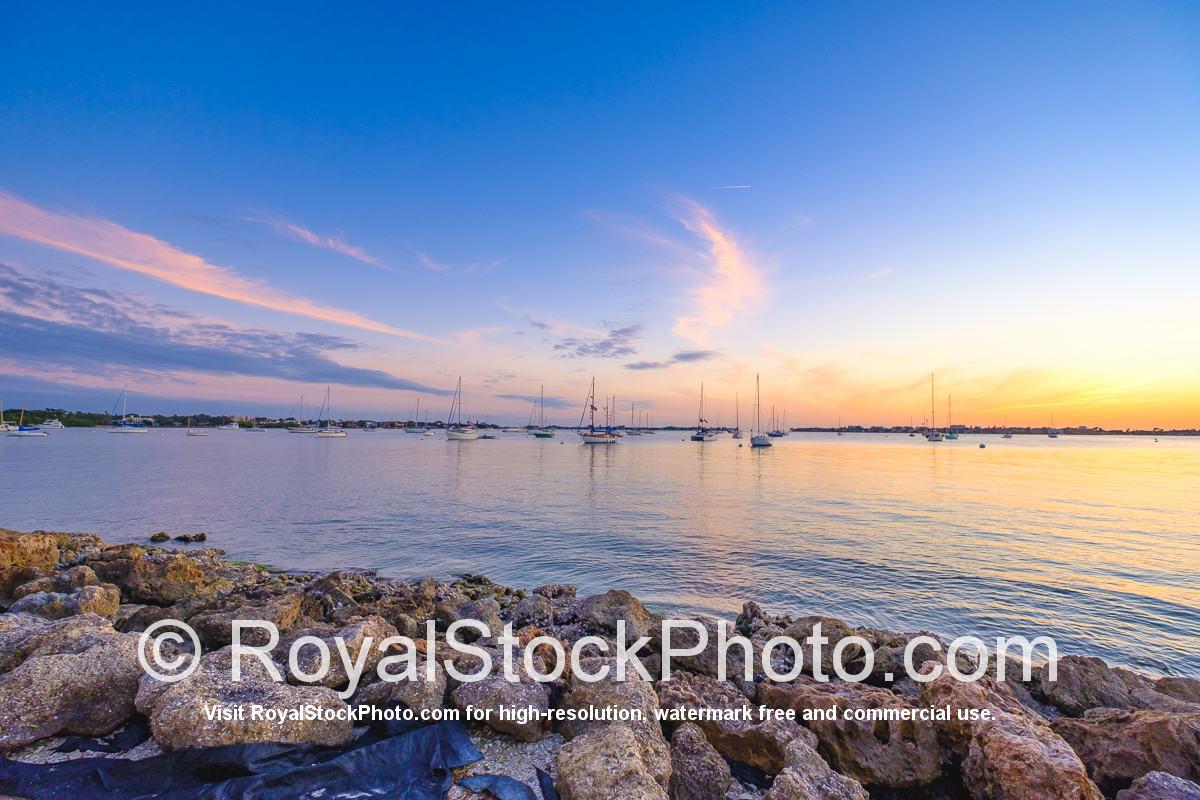 Sarasota Bayfront Shoreline Bayfront Park Sailboat View