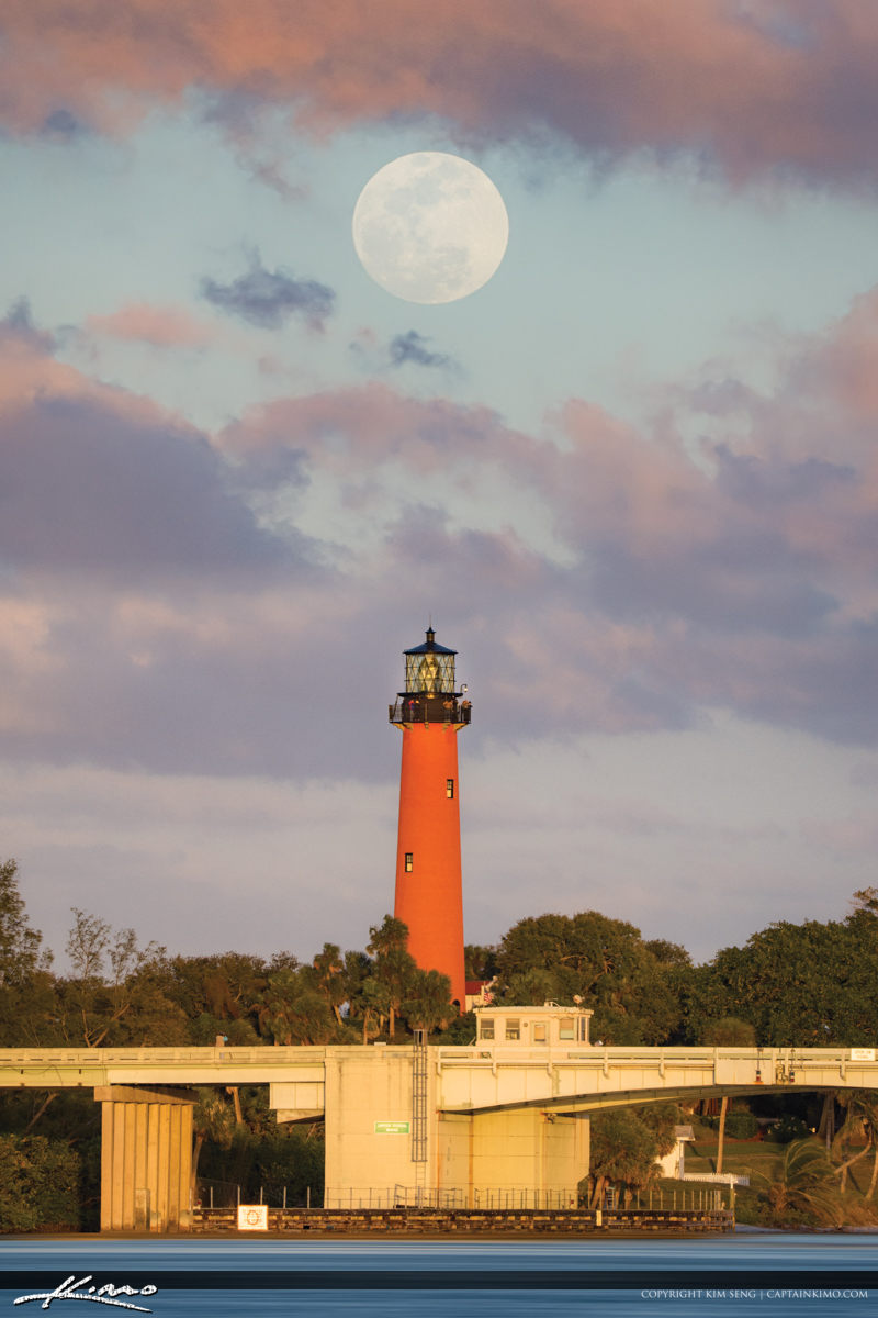 Full Moon Rise Jupiter Inlet Lighthouse January 2018