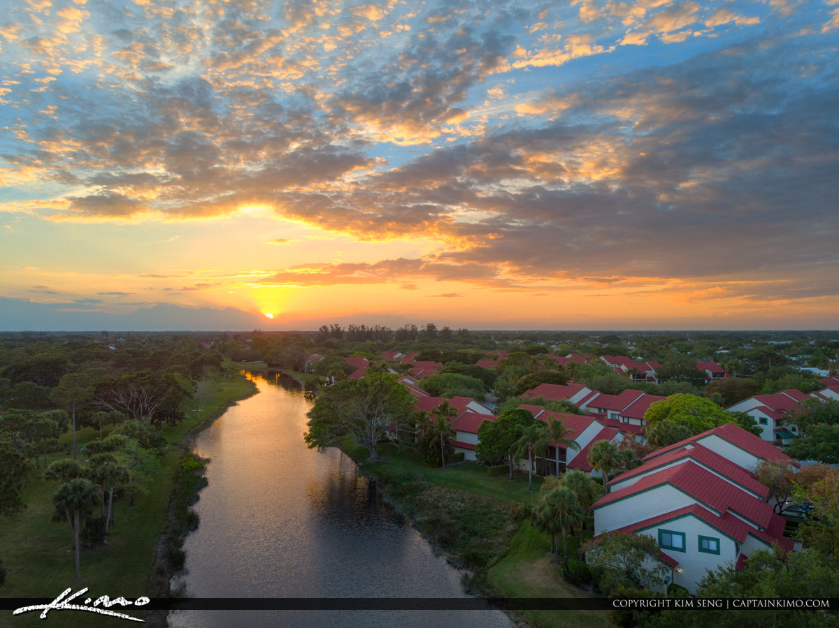 PGA National Townhomes by Canal Palm Beach Gardens