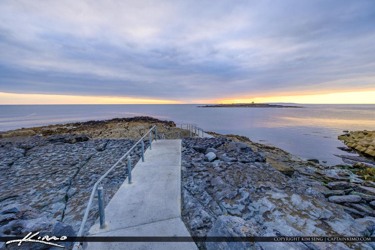 Island Ferry Doolin Ireland Walkway along Coast