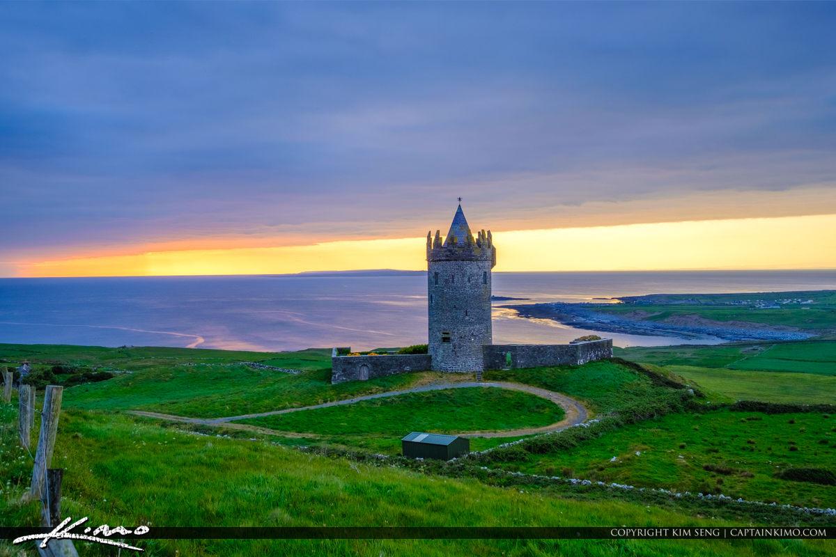 Closeup Sunset Doonagore Castle Ballycullaun Ireland