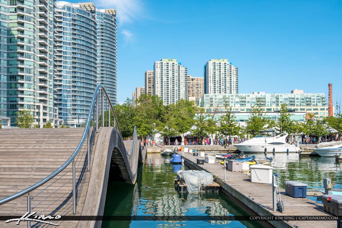 Toronto Waterfront Wavedecks Ontario Canada Marina