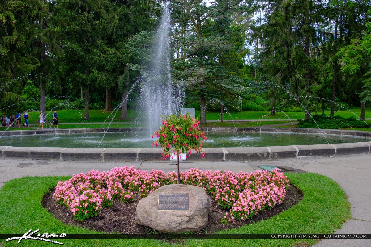 Niagara Falls ON Canada Waterfountain