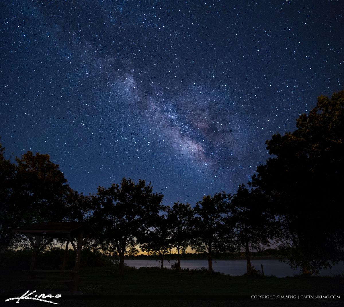 Lake Okeechobee Milkyway Over Okeechobee City