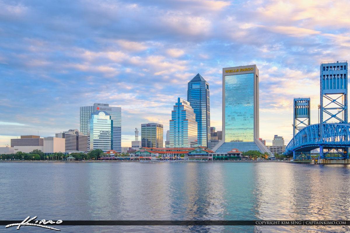 Beautiful Tall Buildings Riverwalk St Johns River Jacksonville Florida
