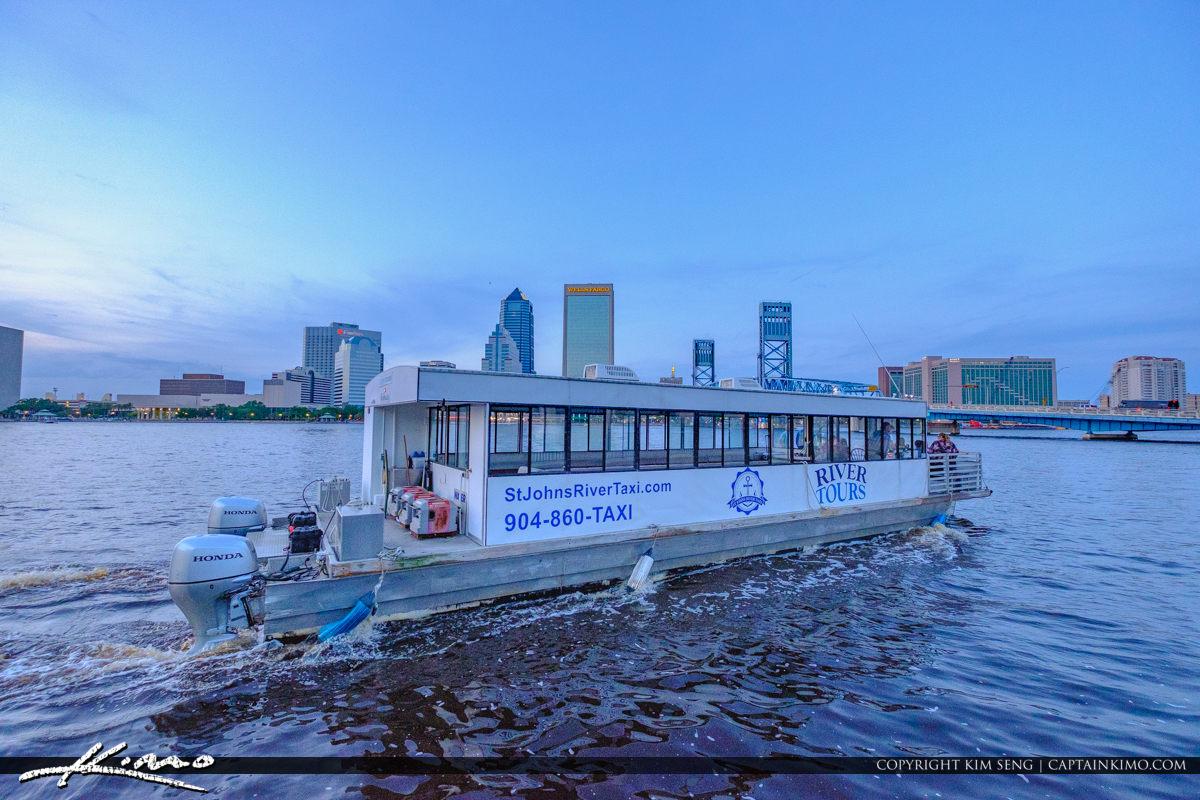 x076x-St-John-River-Taxi-Tour-Jacksonville-Florida