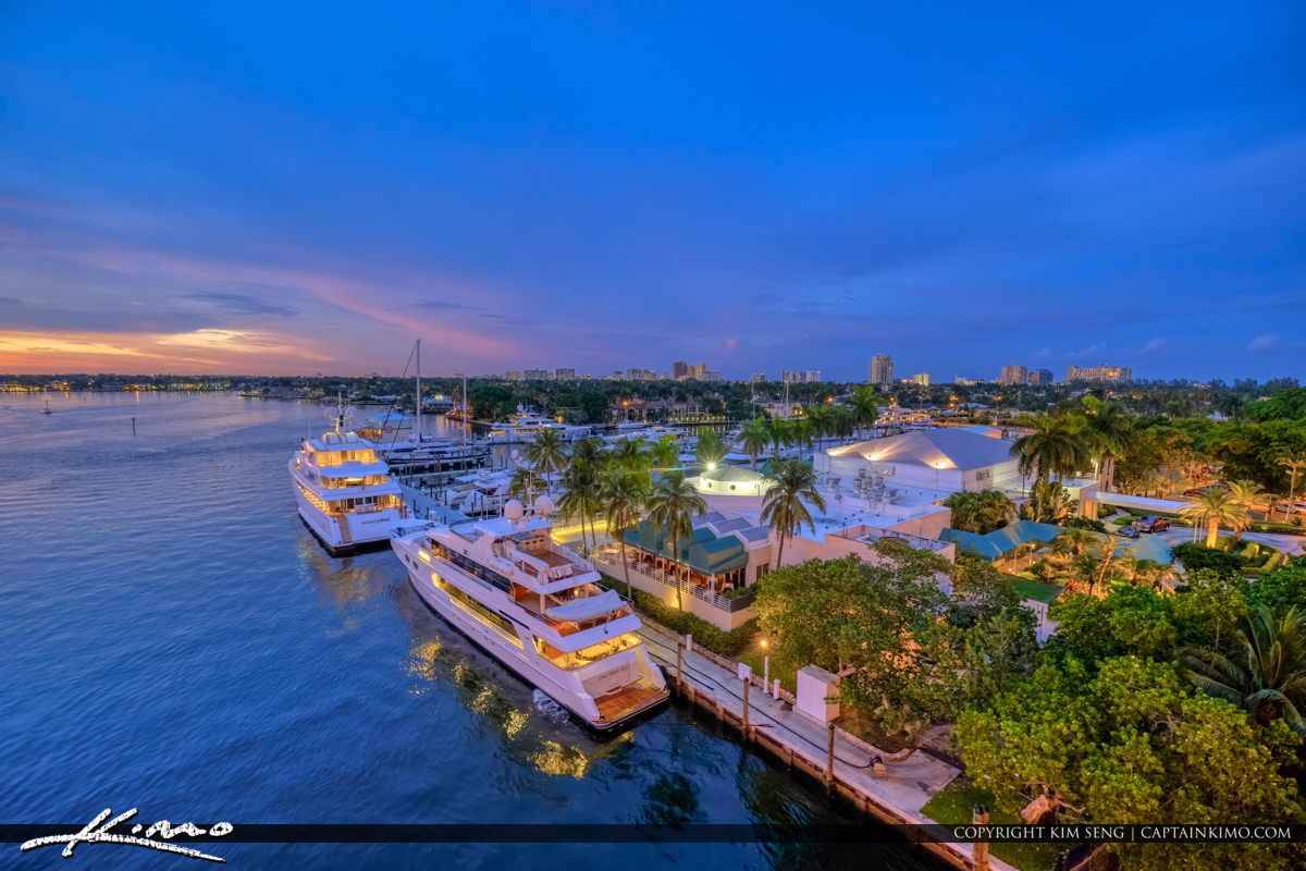 Big Yacht Docked Waterway Fort Lauderdale Florida Sunset