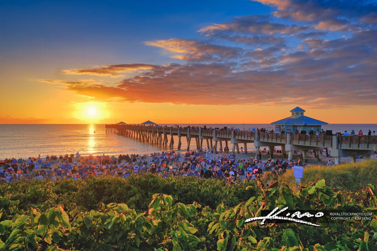 Easter Sunday 2019 Juno Beach Pier Sunrise