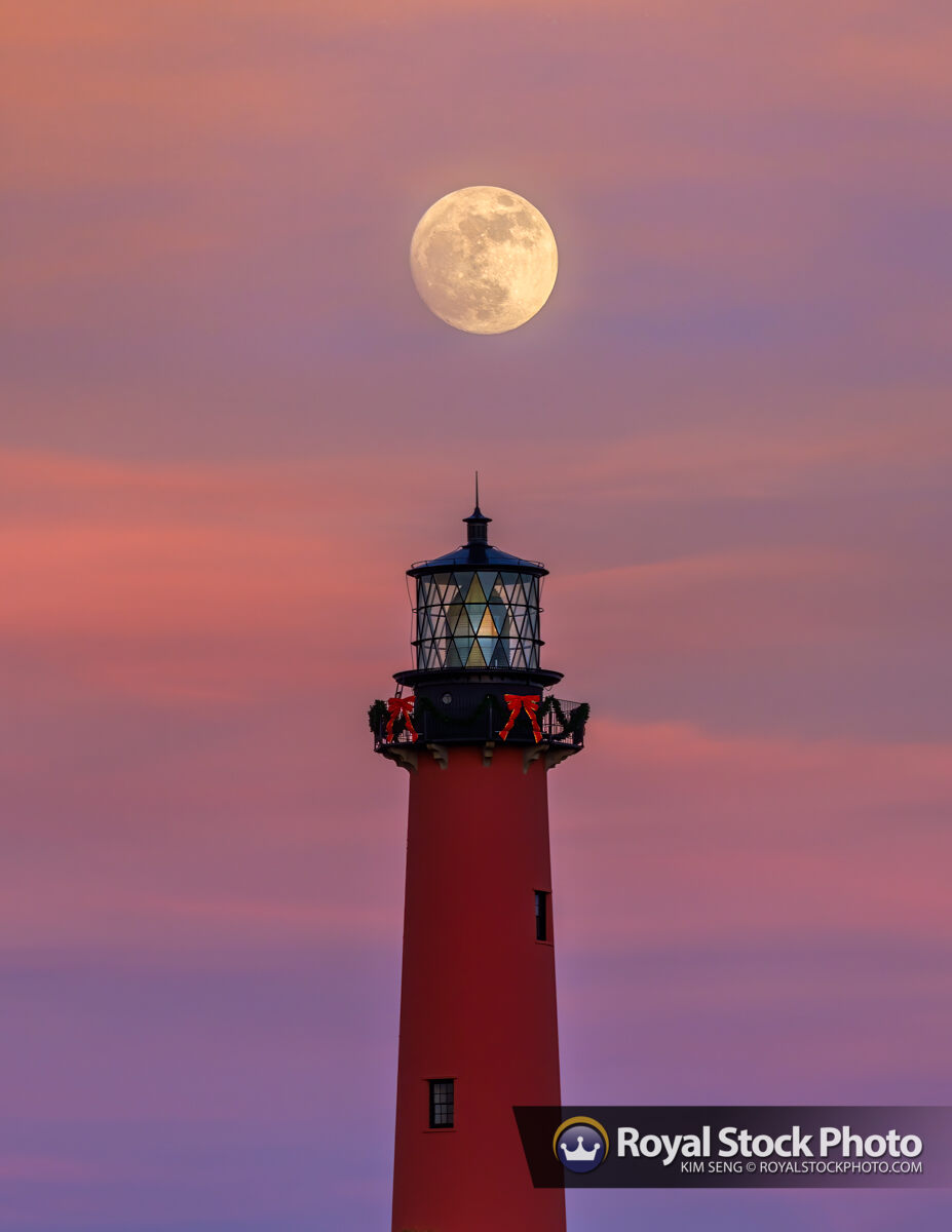 Holiday Moonrise Over Jupiter Lighthouse November 28 2020