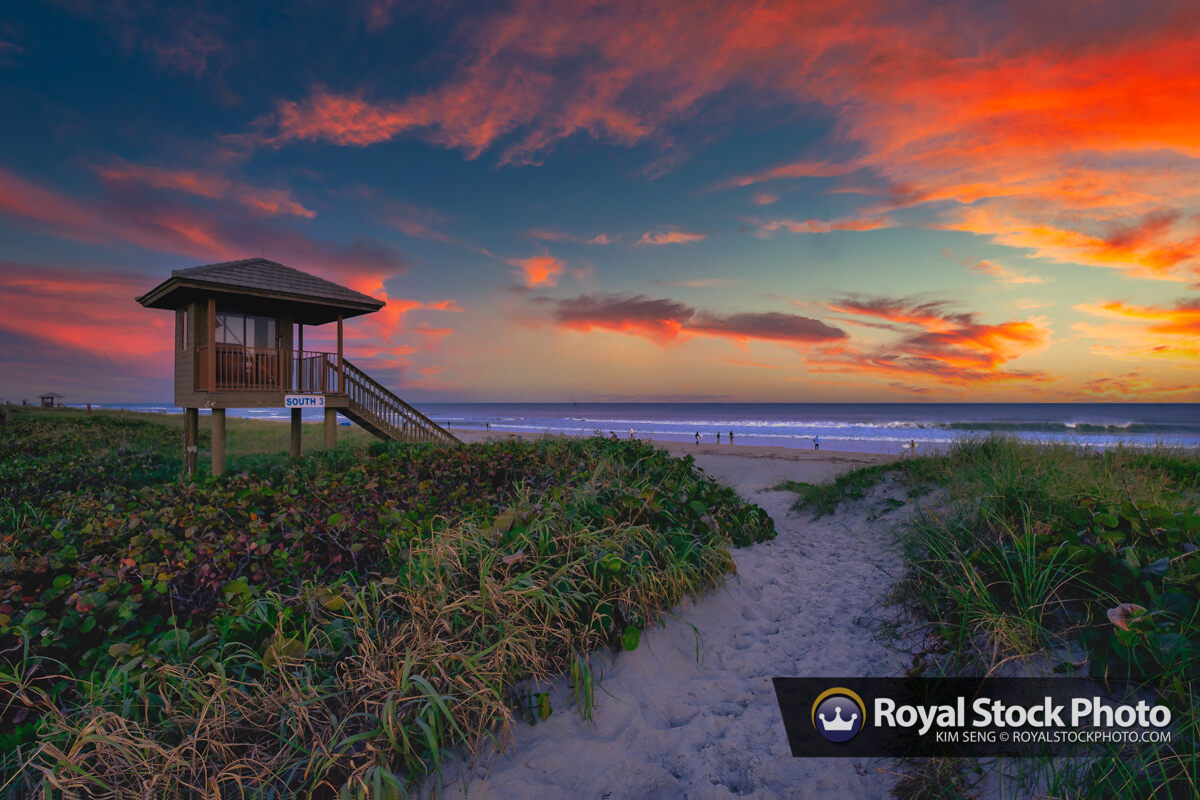 Suunrise Delray Beach South 3 Lifeguard Tower at Beach